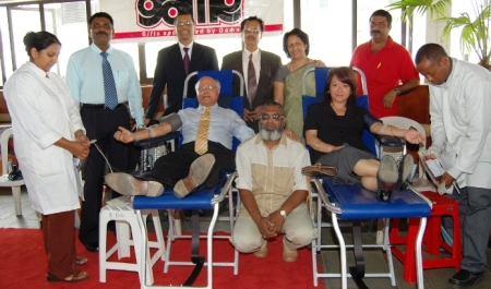Blood donors launching of couches prize giving (58)